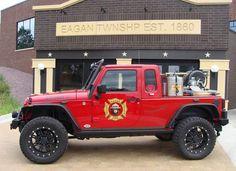Jeep pickup brush fire truck, Eagan, MN I still love the pick-up idea and Bruce would have really dug this. Jeep Pickup, Jeep Truck, Pickup Trucks, Police Truck, Jeep Wrangler, Jeep Jku, Ambulance, Radios, Brush Truck