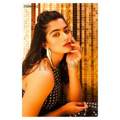 Rashmika mandana actress beauty image gallery cute and hot and bollywood item Indian model unseen latest very beautiful and sexy wedding sel. South Actress, South Indian Actress, Beautiful Bollywood Actress, Beautiful Actresses, Beautiful Models, Beautiful Women, Attractive Eyes, Cute Girl Wallpaper, Hd Wallpaper