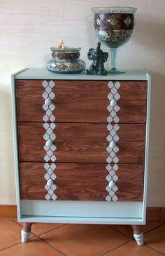 Elegancka drewniana komoda w Pracownia Dekudeku na DaWanda.com
