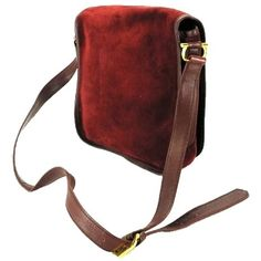 """""""Bordeaux Crossbody Shoulder Bag   BG-#2539912"""" Gently used. Light scratches on the front and the inside. The side also has light scratches. See Photos Cartier Bags Shoulder Bags"""