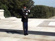 Tourists Get Rowdy at the Tomb of the Unknown Soldier - Until a Soldier Teaches them a Lesson » Eagle Rising