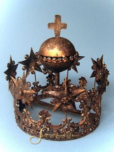 French Santos crown
