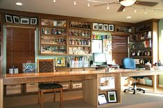 Ultimate Craft Room..I want this room...or to create on like it!