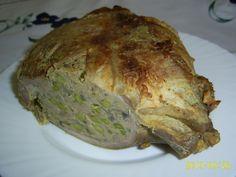 töltött dagadó receptje - Google keresés Pork, Turkey, Meat, Google, Kale Stir Fry, Turkey Country, Pork Chops