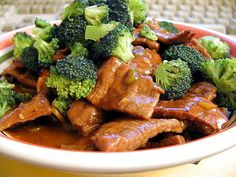 Discover an easy authentic beef and broccoli recipe that is healthy. 5 easy tips to make authentic this authentic Chinese dish for a quick dinner.
