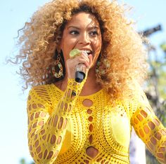 BEYONCE_CONCERT_IN_CENTRAL_PARK_2011_Good_Morning_America's_Summer_Concert_Series_-_Central_Park,_Manhattan_NYC_-_070111_cropped.jpg (2848×2832)