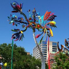 Crazy about this work when I first saw it; nothing like it.  Andrew Carson kinetic sculpture   Amazing work!