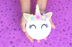 Unicornio - Invitación DIY + moldes Unicorn Diy, Unicorn Crafts, Diy Unicorn Birthday Party, Unicorn Birthday Parties, Unicorn Invitations, Birthday Invitations, Unicorn Room Decor, Party Pops, Handmade Invitations