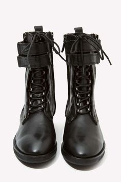 Dolce Vita Nolee Leather Combat Boots//