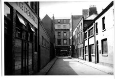 Henry Place looking towards G.P.O.