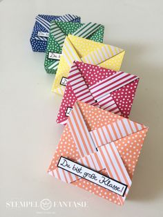 Windrad-Boxen in den neuen InColors – Origami Community : Explore the best and the most trending origami Ideas and easy origami Tutorial Origami Envelope, Origami Fish, Origami Mouse, Easy Origami, Envelopes, Origami For Beginners, Paper Crafts Origami, Origami Tutorial, Cartonnage