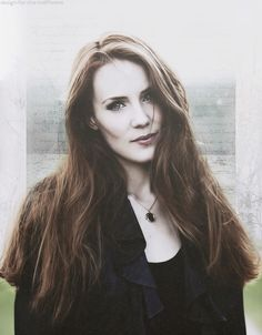 Simone Simmons / Epica That Hair is Fantastic!