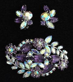 "1950s "" Sherman "" Exquisite Purple Pink AB Crystals Brooch Earrings SET 