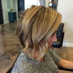 "2,076 Likes, 47 Comments - Justin Dillaha (@dillahajhair) on Instagram: ""Foils and a blowout :) #hair #haircut #hairstyle #shorthair #shorthaircut #shorthairstyle #messybob…"""
