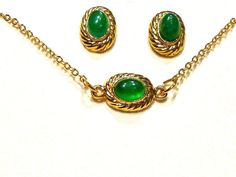 VTG MUSEUM REPRODUCTION EMERALD CABOCHON GOLD CHOKER NECKLACE AND EARRINGS SET #UNBRANDEDMUSEUMREPRODUCTION
