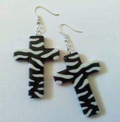 Zwart / wit kruis oorbellen, Zebra Print oorbellen van ebben hout groot kruis verklaring oorbellen, handgemaakte sieraden, oorbellen, bungelende oorbellen