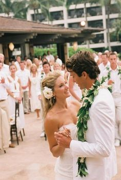 All white wedding attire, guests included. Mens Beach Wedding Attire, Beach Wedding Bridesmaids, Beach Wedding Guests, Beach Wedding Photos, Beach Wedding Photography, Hawaii Wedding, Destination Wedding, Beach Wedding Locations, All White Wedding