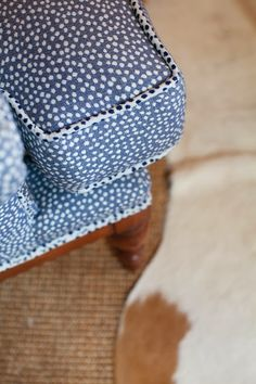 Great idea - use reverse side of fabric for welt - adorable look! i suwannee: a raleigh sunroom - before and after