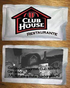 Imagen y logotipo del restaurante del Club Atlético Carcarañá aplicado a sobre de azúcar.