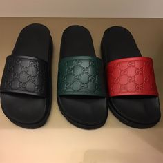 c8383cdcb0885 Shop Men s Gucci Black Tan size 8 Sandals   Flip-Flops at a discounted  price at Poshmark.