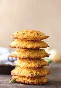 CHEESY GARLIC CORNBREAD DROP BISCUITSReally nice recipes. Every  Mein Blog: Alles rund um die Themen Genuss & Geschmack  Kochen Backen Braten Vorspeisen Hauptgerichte und Desserts