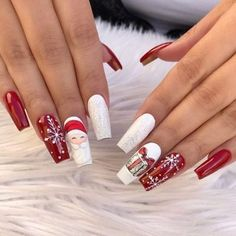 Here are the best Christmas acrylic nails designs, cute Christmas nails and red Christmas nails 2018 that We've Cherry Picked, to act as an inspiration for you! Xmas Nail Art, Cute Christmas Nails, Christmas Nail Art Designs, Xmas Nails, Holiday Nails, Red Nails, Christmas Manicure, Snowflake Designs, Manicure Nail Designs