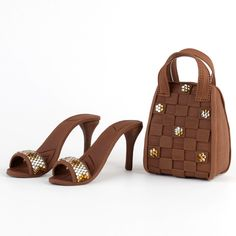 Brown Fondant Purse and Sandal cake topper perfect for cake decorating fondant cakes and fashionista cakes.   CaljavaOnline.com