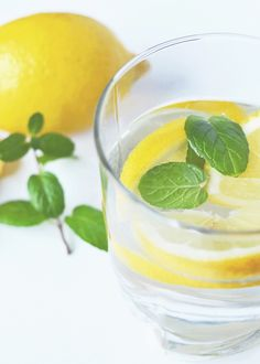 Want to look younger? Want to avoid the flu this winter? Read about these and more benefits of lemon water...     http://www.dyln.co/blogs/y-blog/73691779-lemon-water-the-benefits-go-way-beyond-hydration