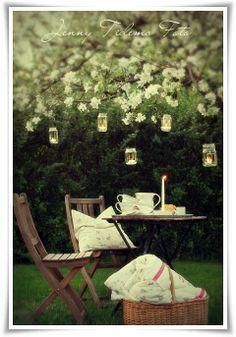 Garden tea party...