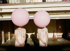 Duas Cabeças de vento.  Não, de balão!