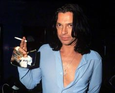 MIchael hutchence This is from Lucy Inxs fan page. Look at his finger. Michael Hutchence, Beauty Art, Gorgeous Men, Beautiful, Bad Boys, Singer, Music, Women, Guilty Pleasure
