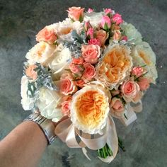 Bride bouquet with peachy David Austin... For early Autumn season....