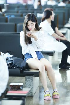 Chaeyeon ¤ Pinterest policies respected.( *`ω´) If you don't like what you see❤, please be kind and just move along. ❇¤