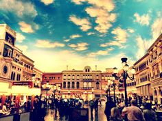 The Venetian, photo by Lisa Bettany