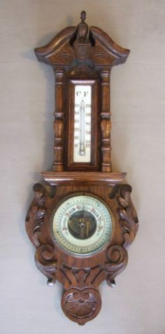 Lovely SMALL 19thC Antique VICTORIAN Carved OAK Wooden ANEROID WHEEL BAROMETER.