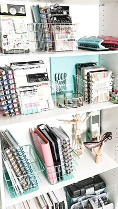 Need some bedroom organization ideas to make the most of your small space Click through for 17 organization hacks you can DIY today to start saving space Bedroom DIY Ide. Dorm Room Organization, Organization Hacks, Office Storage, Organization Ideas For Bedrooms, Basket Organization, Stationary Organization, Bookshelf Organization, Organising, Storage Hacks