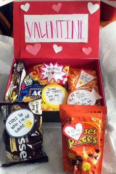 Aww! This personalized Valentine's Day candy care package is such a great idea. So cute!