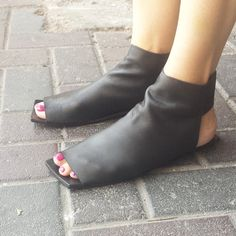 20% Boot sandals, Black open toe sandals, Closed sandals, Boot sandals, Flat…