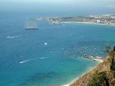 la baia di Giardini Naxos