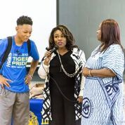 Yolanda Shields Shares with Head Middle Magnet Prep about Entrepreneurship