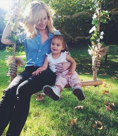 candice accola and her daughter florence may Vampire Diaries Wallpaper, The Vampire Diaries, Vampire Diaries The Originals, Caroline Forbes, The Cw, Baby Tumblr, Candice King, Original Vampire, Candice Accola