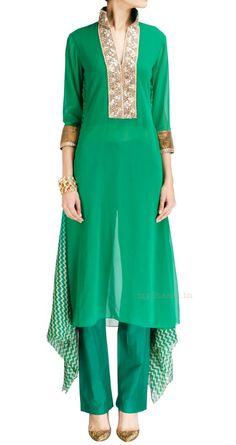 > Indian Bridal Wear by Ohaila Khan Source by Outfits indian > Indian Bridal Wear by Ohaila Khan Source by Outfits indian Indian Bridal Outfits, Indian Bridal Wear, Indian Wear, Look Fashion, Indian Fashion, Trendy Fashion, Fashion Design, Fashion Styles, Pakistani Dresses