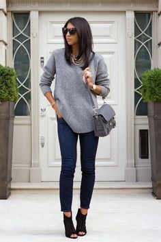 Feet sweater and skinny jeans