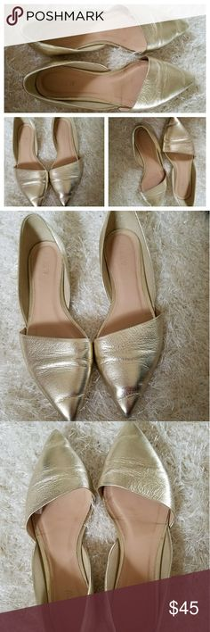 J. Crew Gold Leather Metallic Pointed Flats 7.5 Size 7.5. Very Good Pre-owned Condition! Fast Immediate Priority Shipping! Please visit my closet for additional designer items. Thank you. J. Crew Shoes Flats & Loafers