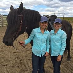 amber_marshall_farm: Are we keeping you up Rowan? My double Lindy and I pose with this Percheron cross mare who is the guest star on set this week. Watch Heartland, Heartland Quotes, Heartland Tv Show, Alisha Newton, Stunt Doubles, Amber Marshall, Romantic Travel, Best Tv, On Set