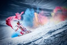 Four-time World Champion Marcel Hirscher paints the mountain with Red Bull ski stunt Red Bull, Descente Ski, Hirsch Wallpaper, Holi, Skateboard, Videos Kawaii, Motion Photography, Girl Photography, Ski Bunnies