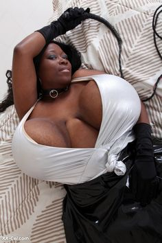 Hot Black Dominatrix Jeannette Huge Boobs 18.photo