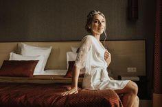 Bridal robe with lace sleeves wedding robe short lace Lace Bridal Robe, Bridal Robes, Bridal Lingerie, Bridesmaid Robes, Wedding Moments, Lace Sleeves, Beautiful Bride, Lace Shorts, Etsy