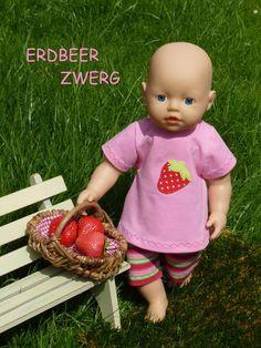"""Puppenkleidung - """"ErdbeerZwerg"""" 2tlg Set Gr.30-35cm - ein Designerstück von handgeschick bei DaWanda"""