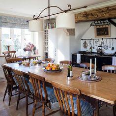 Az otthon szíve - étkező variációk,  #asztal #design #étkéző #evés #inspiráció #konyha #melegség #modern #otthon #otthon24 #otthonos #székek #szíve #variáció #vendégek, http://www.otthon24.hu/az-otthon-szive-etkezo-variaciok/